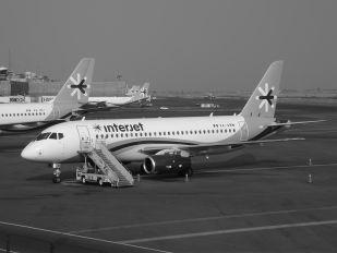 XA-ABM - Interjet Sukhoi Superjet 100