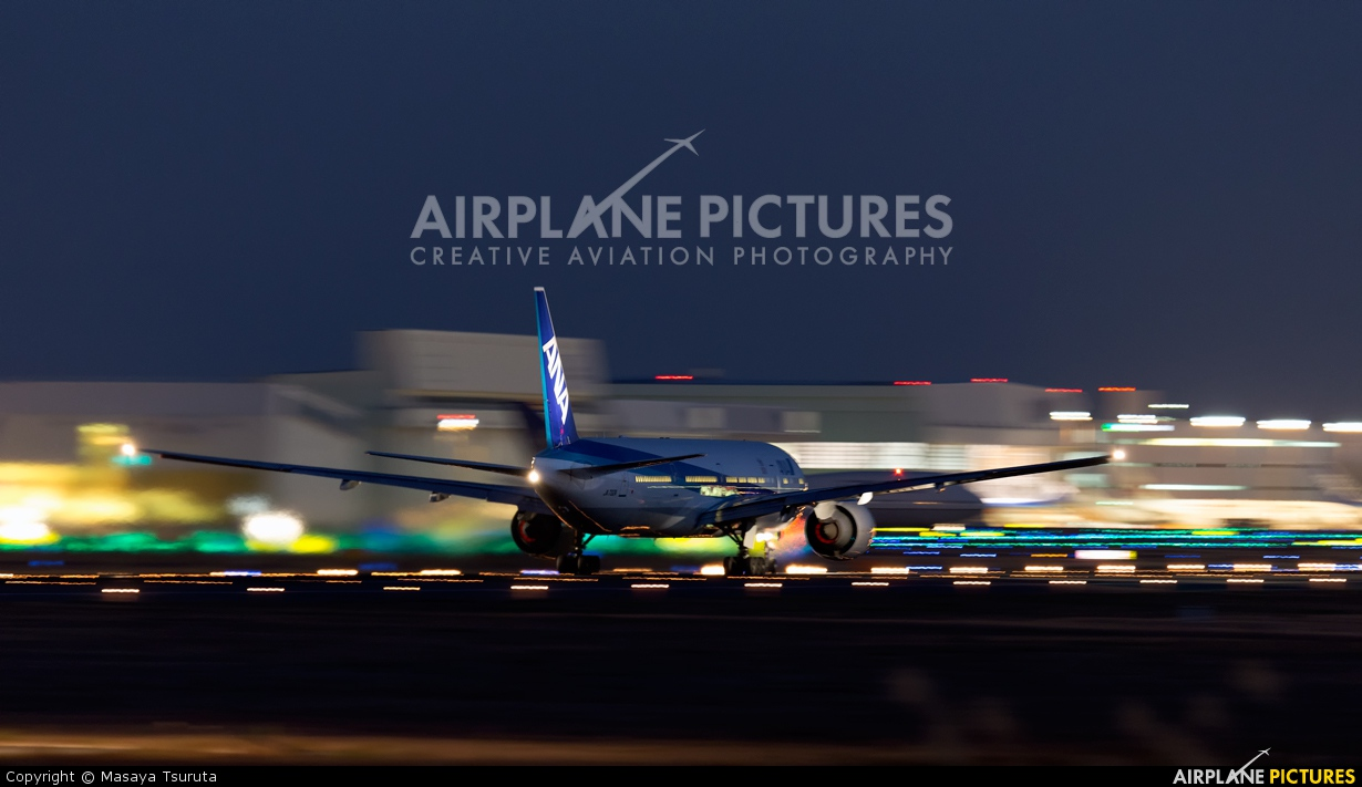 ANA - All Nippon Airways JA732A aircraft at Tokyo - Narita Intl