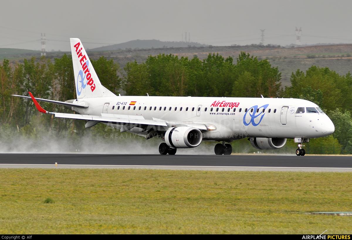 Air Europa EC-KYO aircraft at Madrid - Barajas