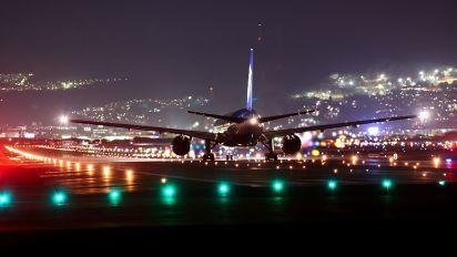 JA706A - ANA - All Nippon Airways Boeing 777-200