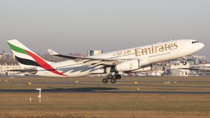 A6-EAO - Emirates Airlines Airbus A330-200