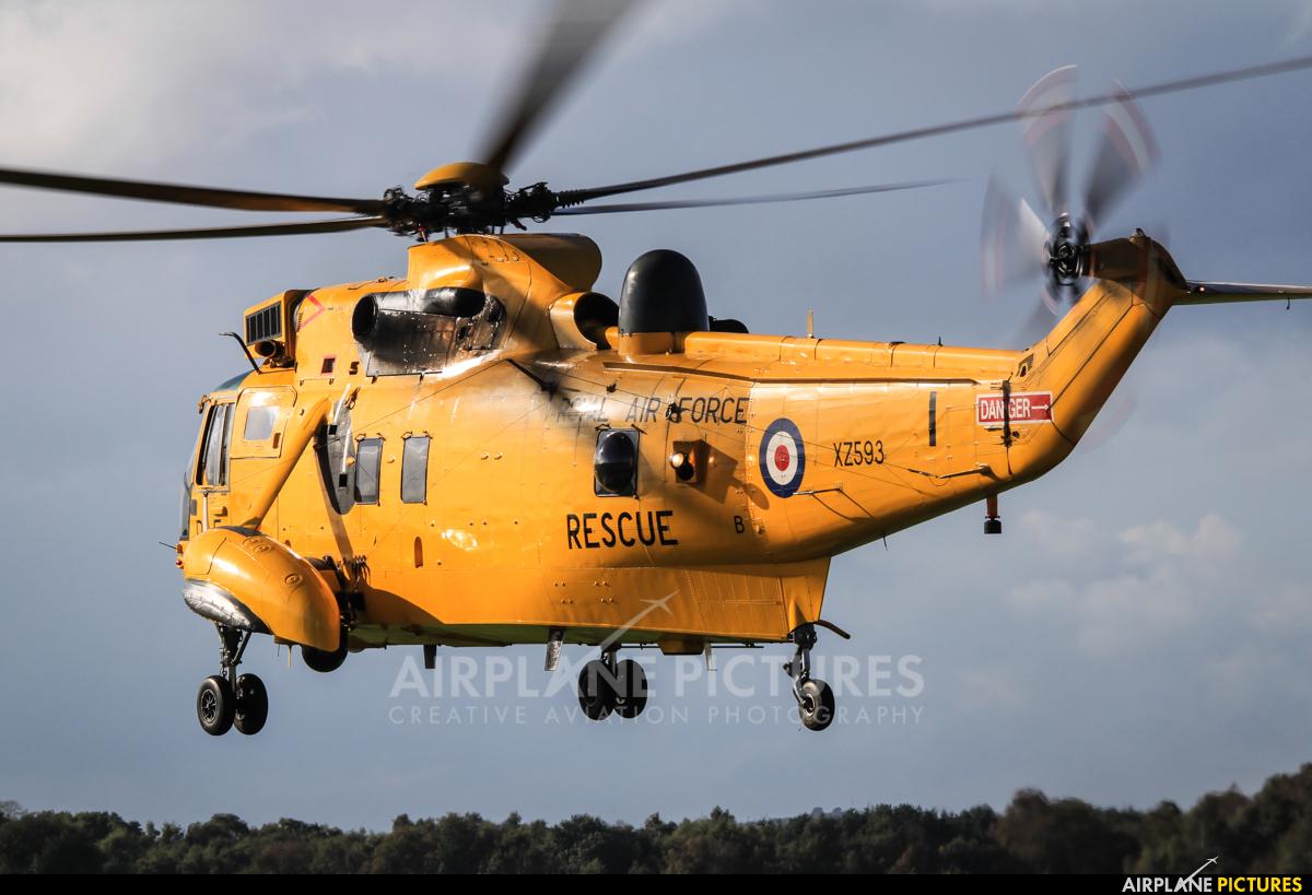 Royal Air Force XZ593 aircraft at Shawbury