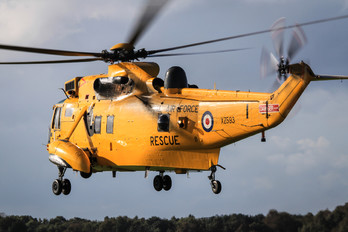 XZ593 - Royal Air Force Westland Sea King HAR.3