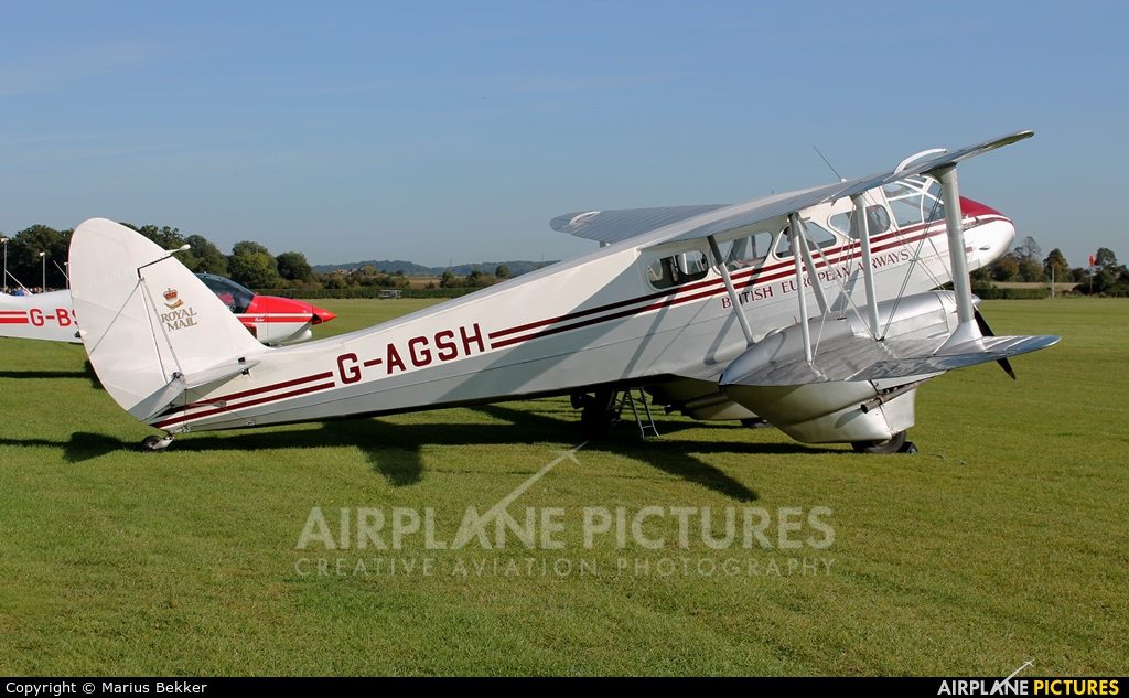 Private G-AGSH aircraft at Old Warden