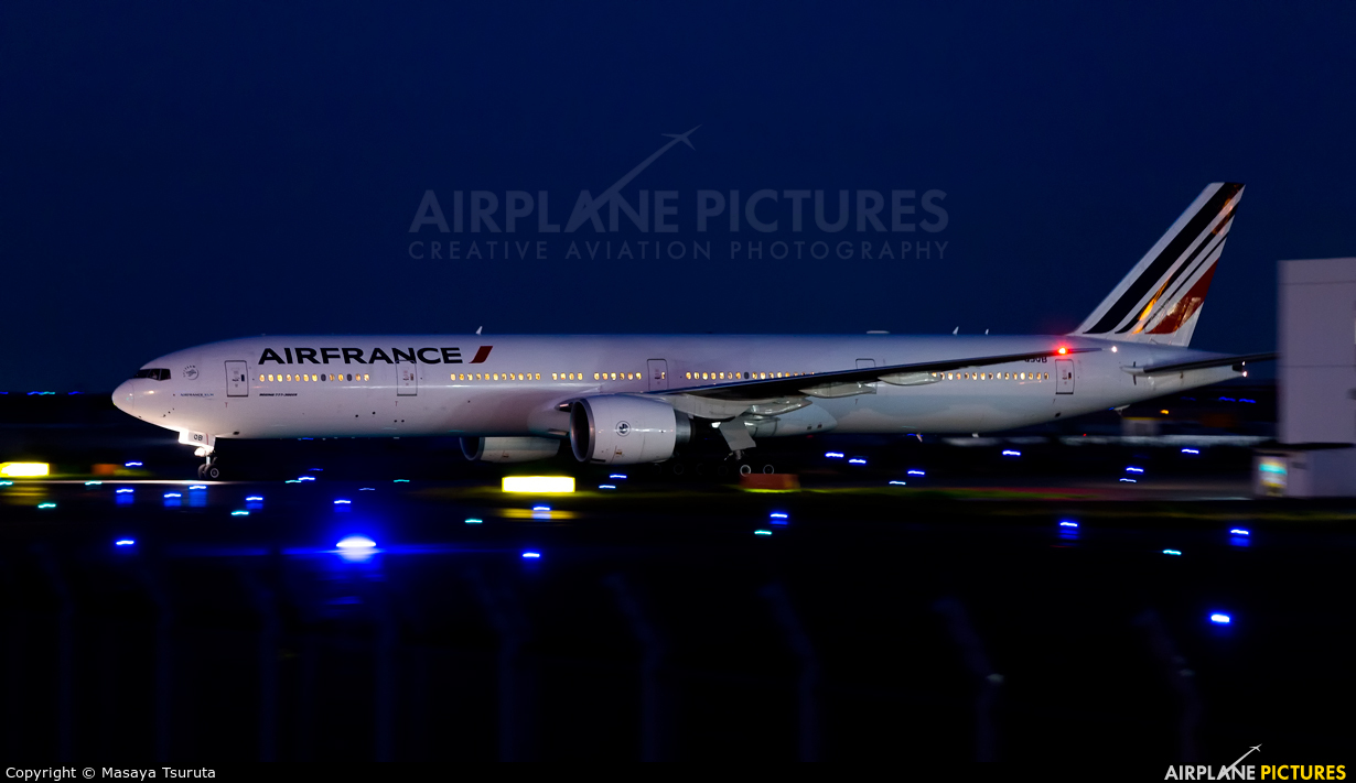 Air France F-GSQB aircraft at Tokyo - Haneda Intl
