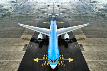 - - Thomson/Thomsonfly Boeing 757-200