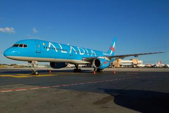 XA-DIA - Aladia Boeing 757-200