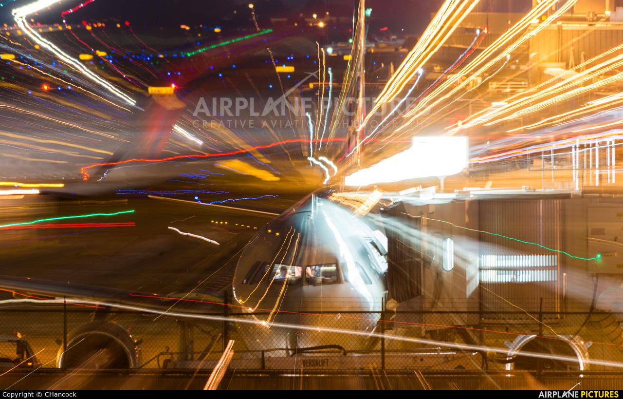 American Airlines N9016 aircraft at Atlanta - Hartsfield-Jackson Intl