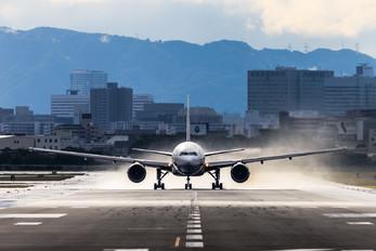 JA702A - ANA - All Nippon Airways Boeing 777-200