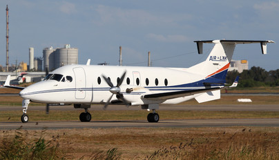 VH-RUE - Air Link Beechcraft 1900D Airliner