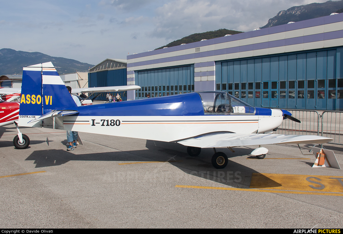 Private I-7180 aircraft at Trento - Mattarello