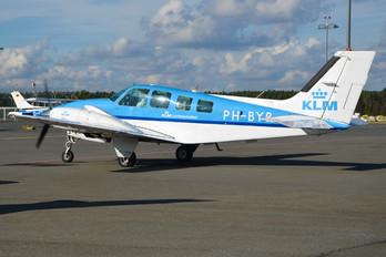 PH-BYB - KLM Luchtvaartschool Beechcraft 58 Baron