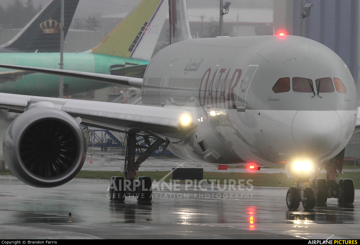 Qatar Airways A7-BCP aircraft at Everett - Snohomish County / Paine Field