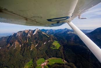 D-EEZQ - Private Cessna 150