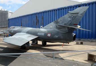 64 - France - Navy Dassault Etendard IV P