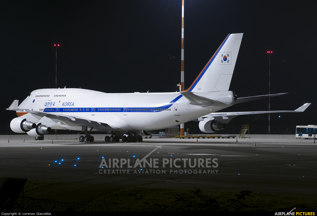 Korea (South) - Air Force 10001 aircraft at Milan - Malpensa
