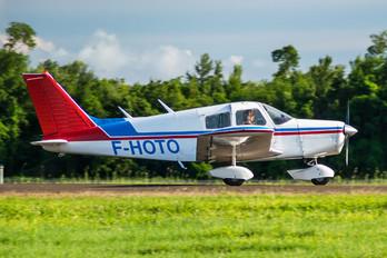 F-HOTO - Private Piper PA-28 Cruiser