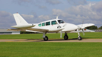 N4173T - Private Cessna 320 Skyknight