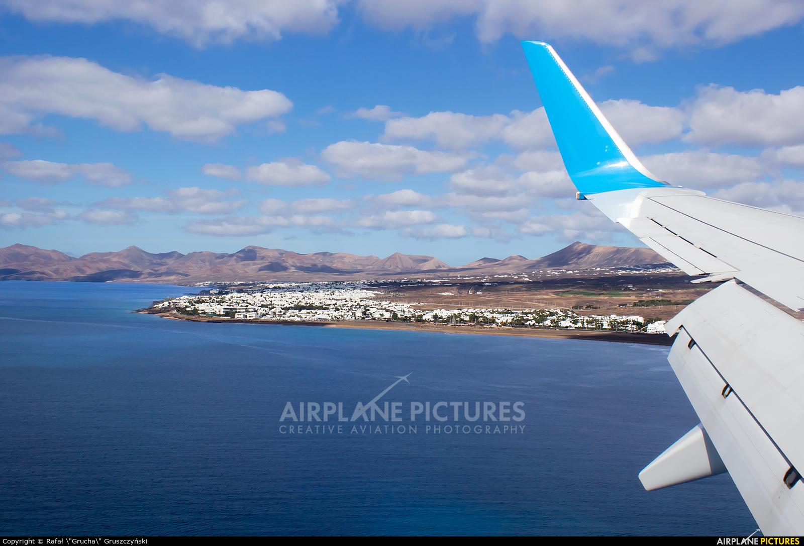 Enter Air SP-ENY aircraft at Lanzarote - Arrecife