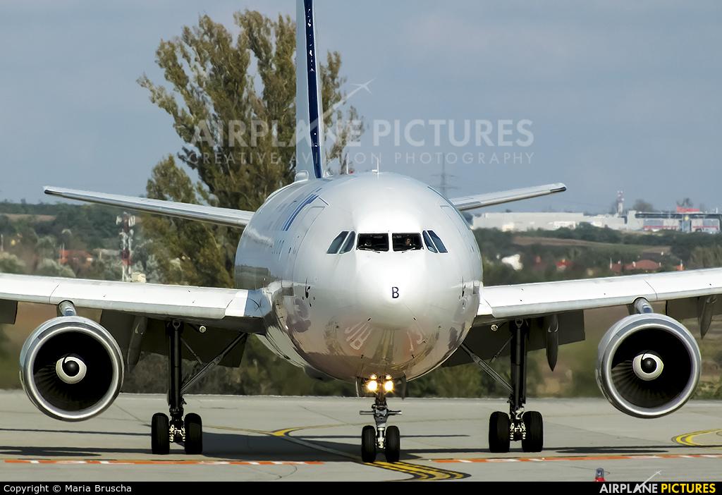 Iran Air EP-IBB aircraft at Budapest Ferenc Liszt International Airport