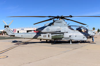 168421 - USA - Marine Corps Bell AH-1Z Viper