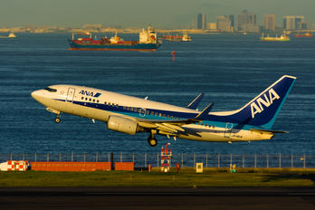 JA14AN - ANA - All Nippon Airways Boeing 737-700