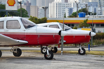 PT-IZO - Aeroclube de São Paulo Piper PA-28 Cherokee