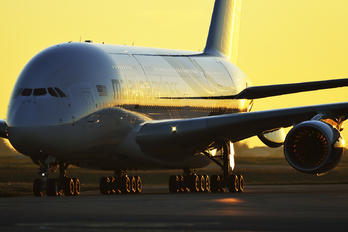 9M-MND - Malaysia Airlines Airbus A380