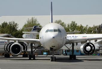 EP-IBH - Iran Air Airbus A300