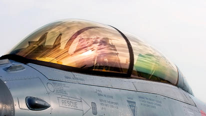 ET-022 - Denmark - Air Force General Dynamics F-16B Fighting Falcon