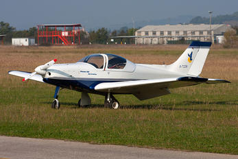 I-7228 - Private Alpi Pioneer 300