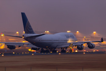 N117UA - United Airlines Boeing 747-400
