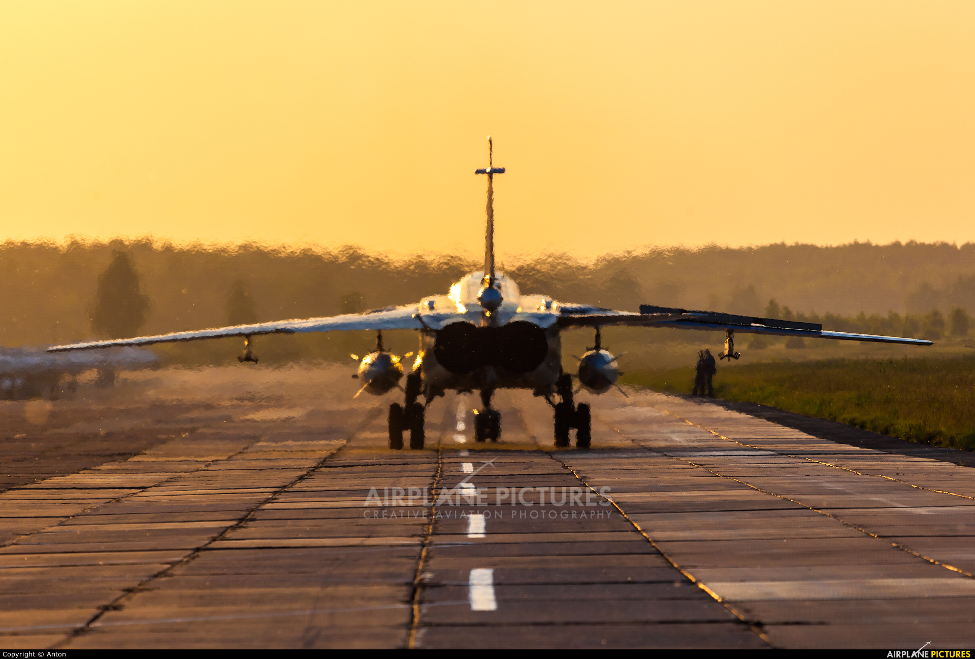 Russia - Air Force 16 aircraft at Undisclosed Location
