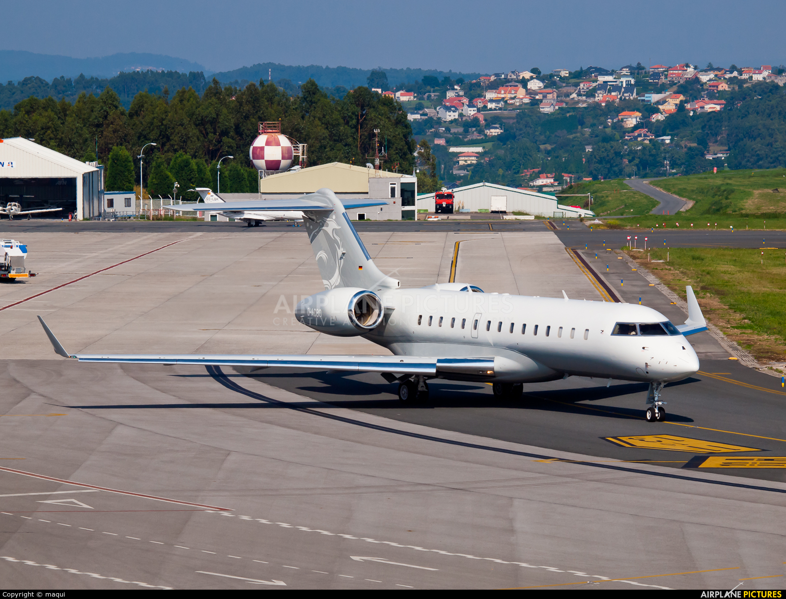 DC Aviation D-ACBO aircraft at La Coruña