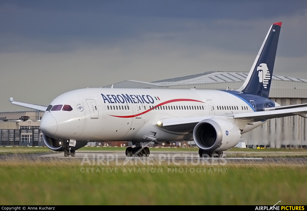 Aeromexico N966AM aircraft at London - Heathrow