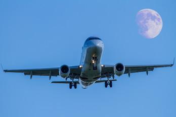 F-HBXN - Air France - Hop! Embraer ERJ-170 (170-100)
