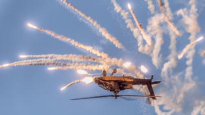 Q-26 - Netherlands - Air Force Boeing AH-64D Apache