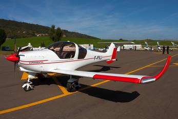 F-PILI - Private Dyn Aero MCR01 ULC