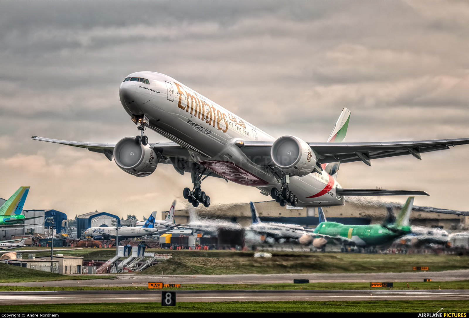 Emirates Airlines A6-ENV aircraft at Everett - Snohomish County / Paine Field