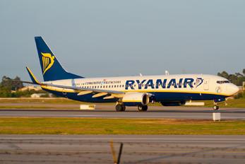 EI-DWX - Ryanair Boeing 737-800