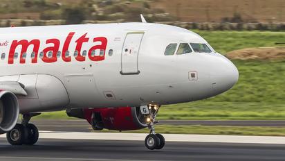 9H-AEG - Air Malta Airbus A319