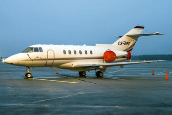 CS-DRY - NetJets Europe (Portugal) Hawker Beechcraft 800XP