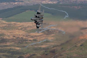01-2004 - USA - Air Force McDonnell Douglas F-15E Strike Eagle