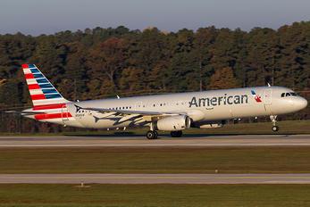 N581UW - American Airlines Airbus A321