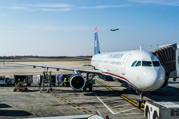 N150UW - US Airways Airbus A321