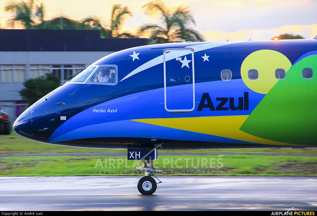 Azul Linhas Aéreas PR-AXH aircraft at Brasília - Presidente Juscelino Kubitschek Intl