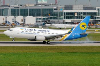 UR-GAN - Ukraine International Airlines Boeing 737-300
