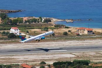 G-OOBF - First Choice Airways Boeing 757-200