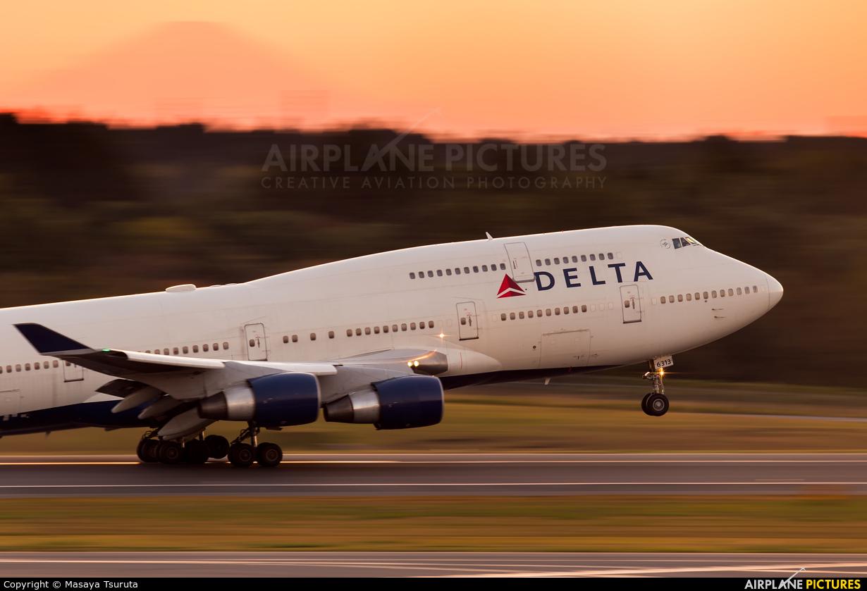 Delta Air Lines N671US aircraft at Tokyo - Narita Intl