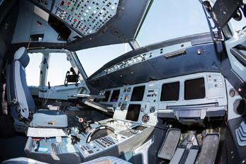 UR-YAD - YanAir Airbus A320